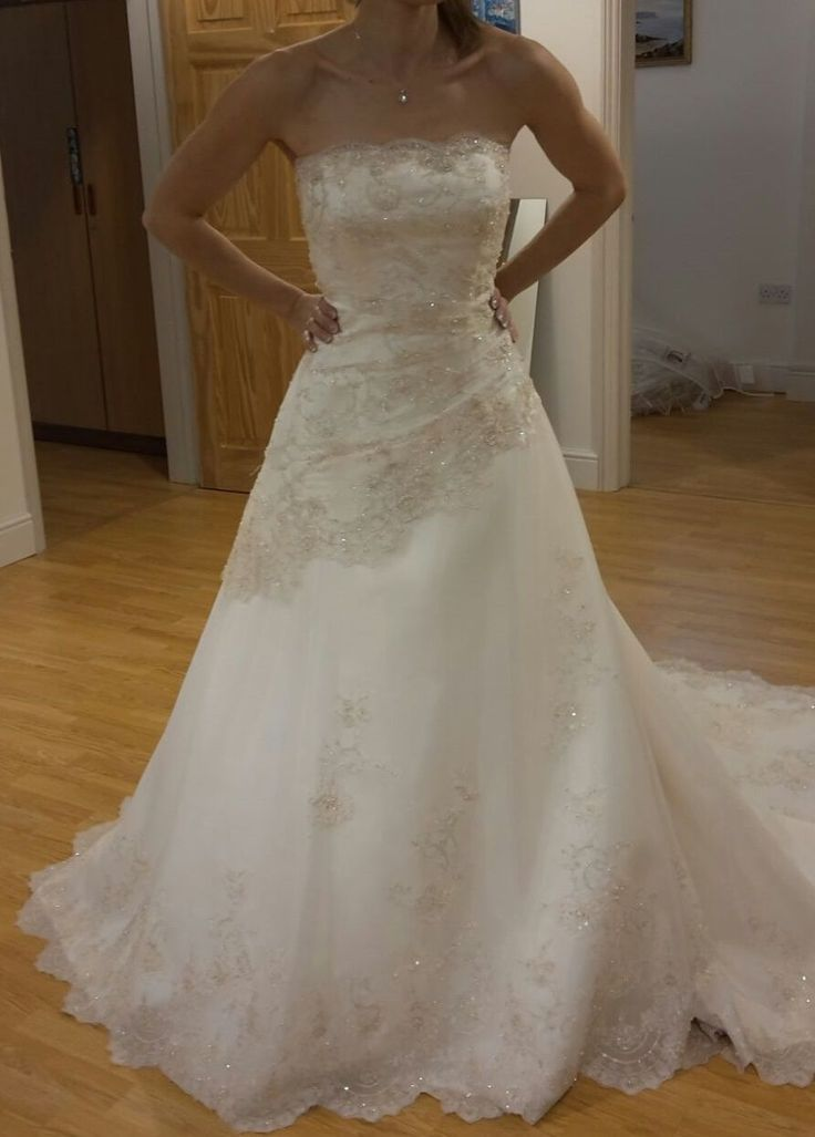 Strapless Champagne lace & embroidery/white dress. Size 8 for sale on www.sellmyweddingdress.co.uk for £550.  http://www.sellmyweddingdress.co.uk/listing/strapless-champagne-lace-embroiderywhite-dress-size-8/2099