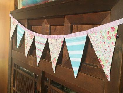 Bunting - Rosey Paisley Pink (Tanya Whelan fabric)