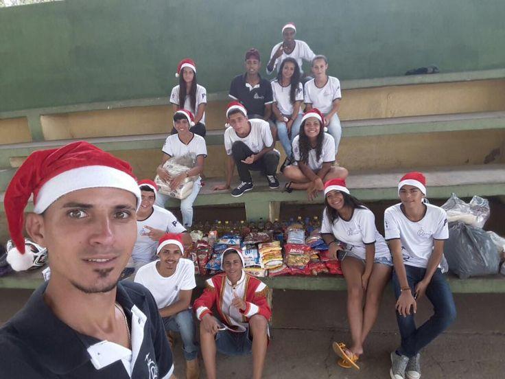 A Banda Marcial Ritmo Total , começou neste sábado (03), uma campanha de natal pelas ruas de Santa Rita do Sapucaí. O intu&iacute...
