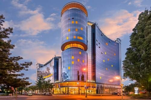 Novum Winters Hotel Spiegelturm - Installé dans une tour de verre, l'hôtel…