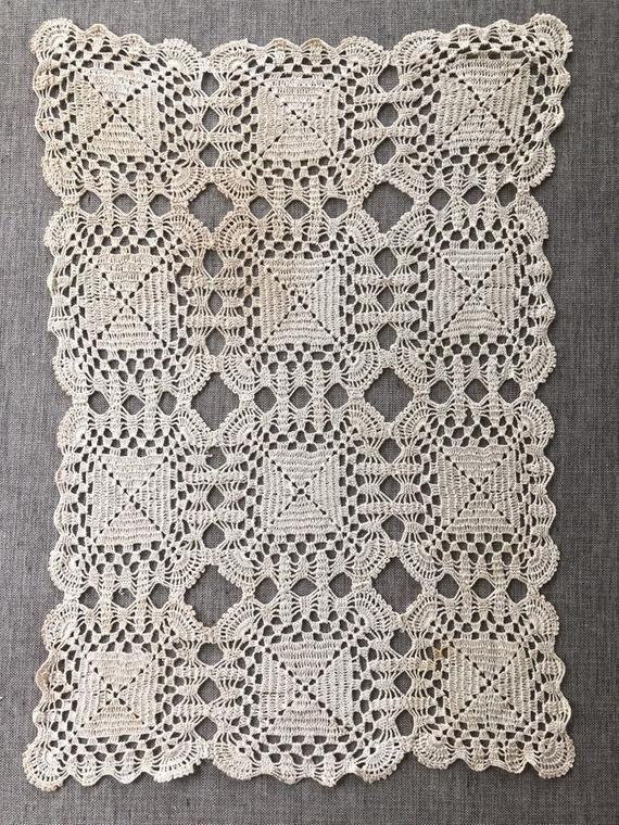 Vintage Crochet MOTIF BLOCK Bedspread Cockle Pattern
