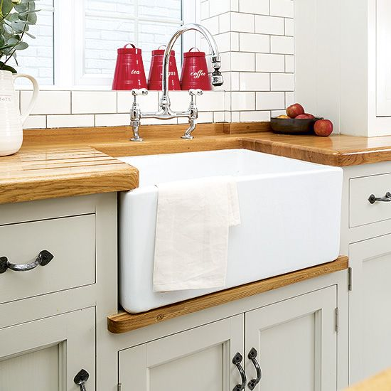 Budget Kitchen Sinks Update Your Kitchen On A Budget Budget Kitchens Photo Gallery Cheap Kitchen Updatescottage