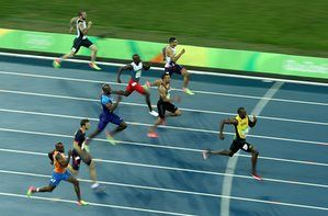 Usain Bolt 200m Final - He wants to break his own world record of 19.19 from Berlin in 2009..!!
