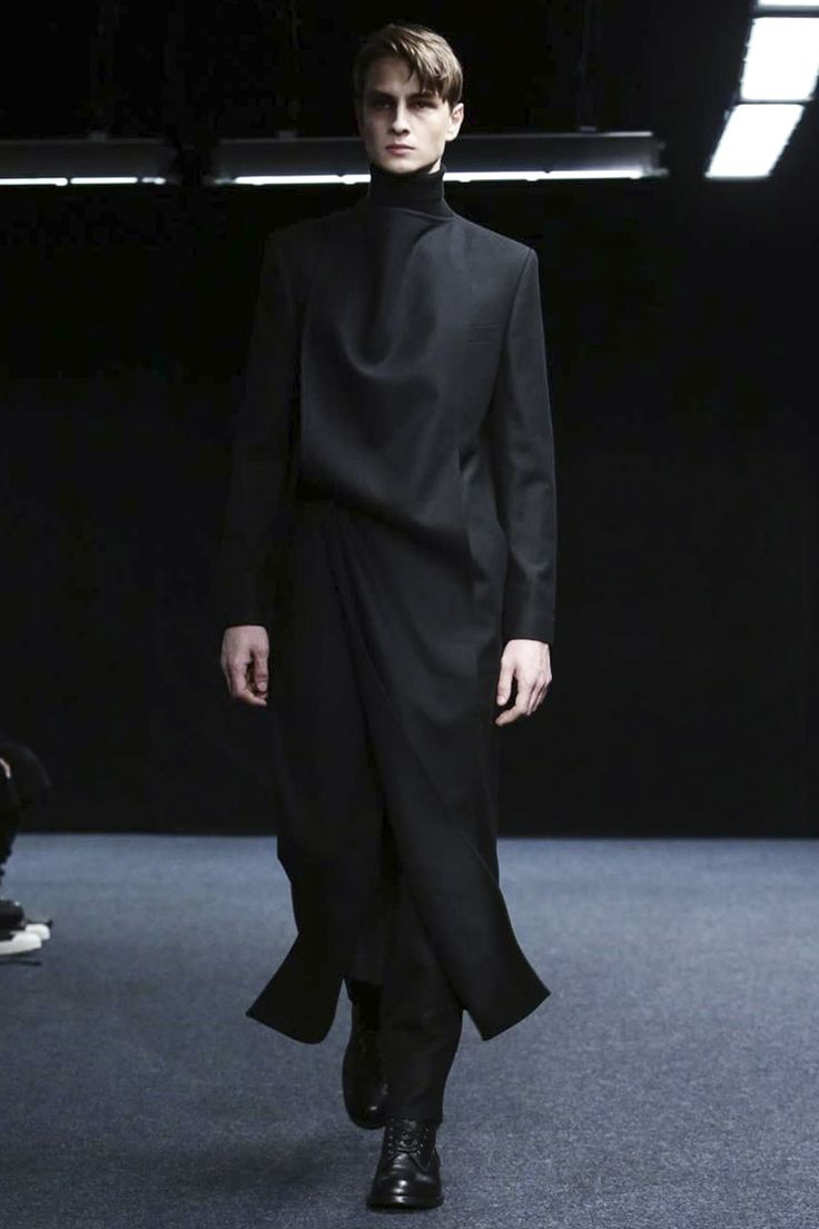 Songzio Mens - Paris   #2015 #2016, #automne #hiver, #Songzio #collection, #hommes, #Mens, #menswear, #Mode, #Fashion #parisfashionweek #fall #winter #Style
