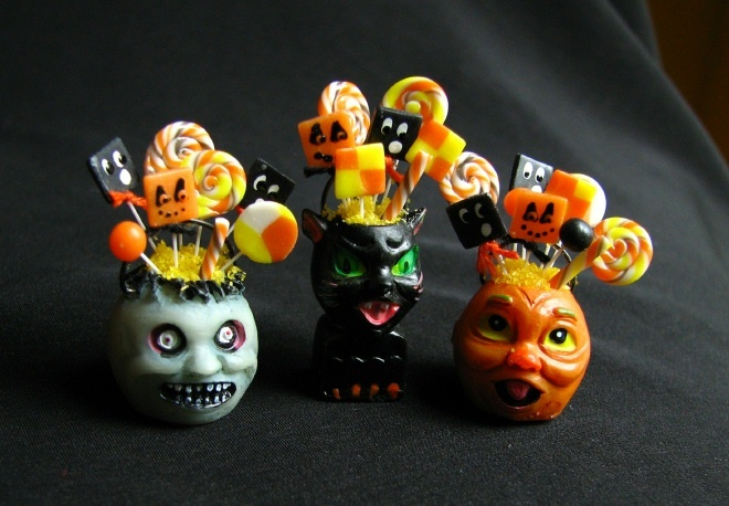 Halloween treats, Betsy Niederer; ♥ it! Lemax tree decorations filled with miniature candy:)