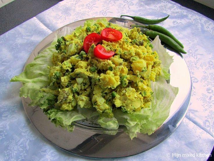 Mijn mixed kitchen: Olivieh (Perzische aardappel/kipsalade)