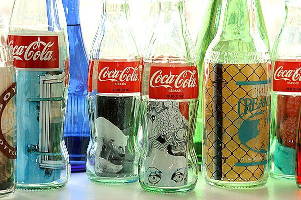 Bottles frames: Photo Frames, Glass Bottles, Picture Frames, Bottle Frames, Craft Ideas, Glass Jars, Diy, Coke Bottles