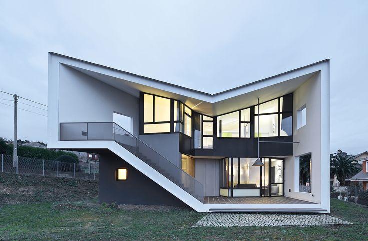 Holiday House par Padilla Nicás Arquitectos - Vilapol, Espagne. Architecture étonnante pour cette résidence secondaire espagnole