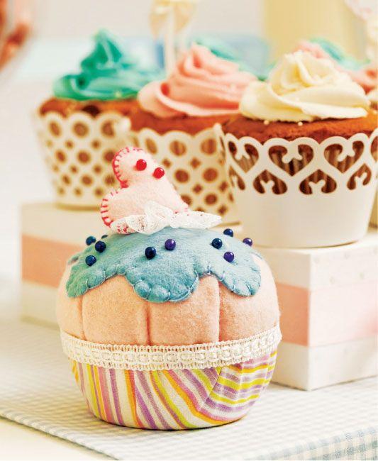 Cupcake de feltro                                                                                                                                                      Mais