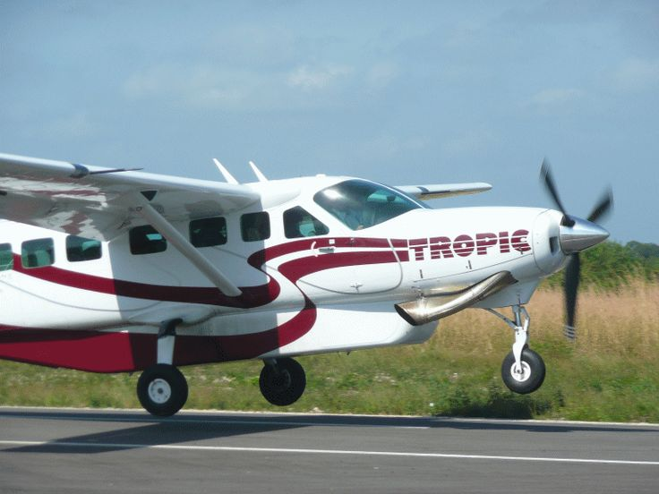 Inaugural Tropic Air Service Boosts Belize Travel http://www.chaacreek.com/belize-travel-blog/2012/12/inaugural-tropic-air-service-boosts-belize/
