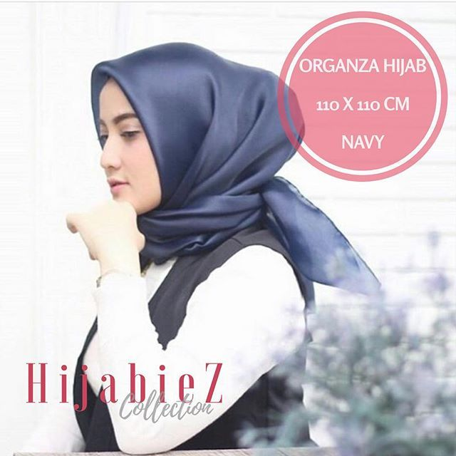 Organza Hijab.. Warna : Navy Price : Rp. 75.000 Material : Organza Silk HQ Size : 110x110 (sewing edge / jahit tepi) Premium and Elegant for party and special ocassional wearing. Order Line : @opa6012s Whatsapp : +628111952727 Shipping from Jakarta (CGK) . . #hijabmurah #hijabmurahbandung #hijabmurahjakarta #jilbabmurah #jilbabmurahbandung #jilbabmurahjakarta #jilbaber #jilbabers #hijabshabbymurah #hijabshabbychic #segiempatkatun #squaremotif . . #organzahijab #organzasquare #organzamurah…