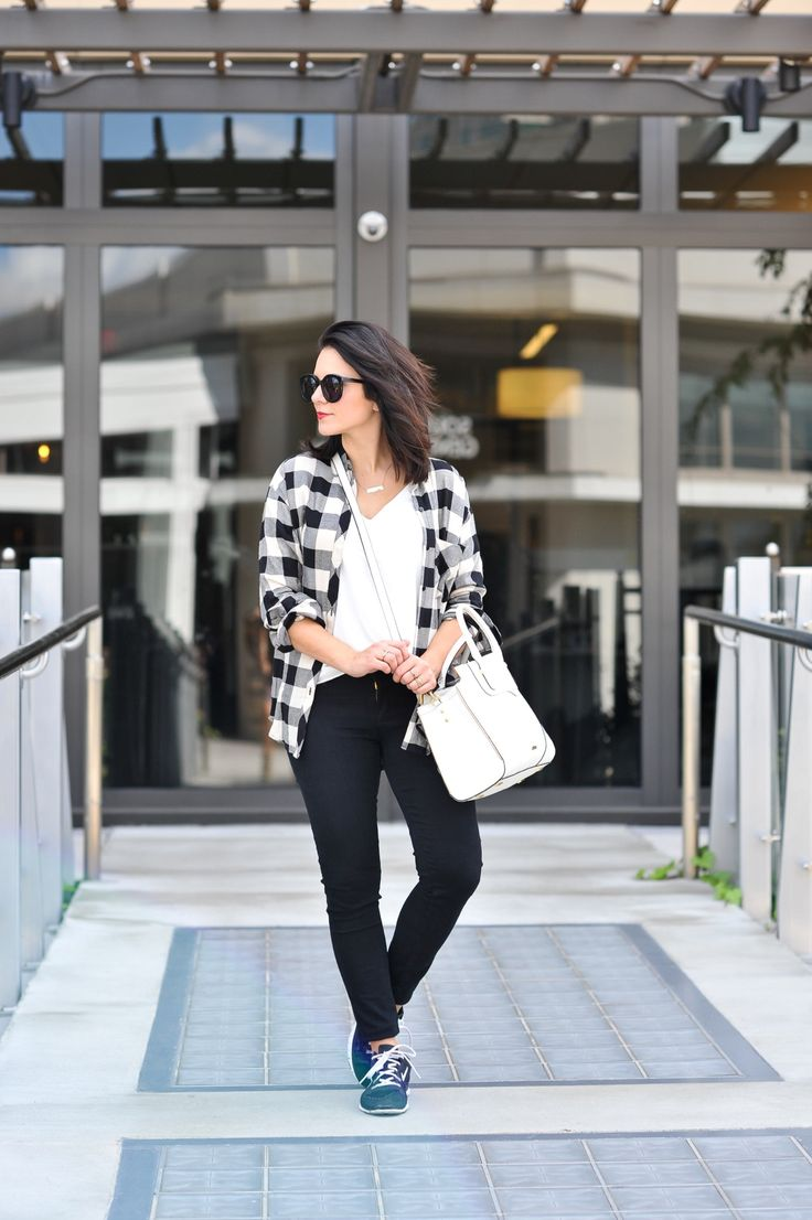 Black and white, buffalo plaid, fall outfit ideas via @mystylevita how to style sneakers