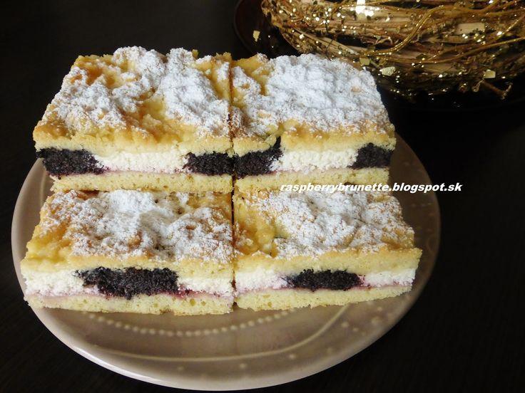 Raspberrybrunette: Hnetený koláč s tvarohom a makom   Úžasne jemný, m...