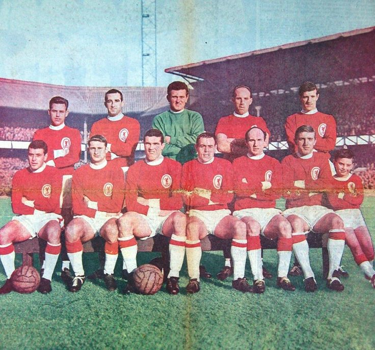 Liverpool team group in 1964.