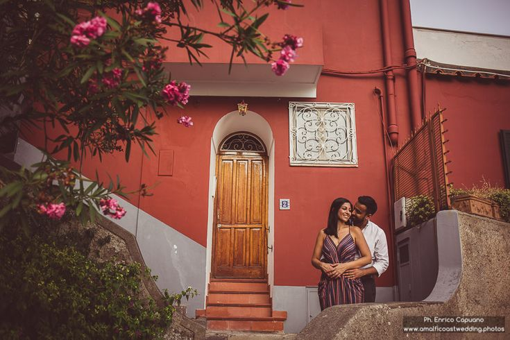 Engagement Destination • Photography Inspiration • Positano • Amalfi Coast | By Enrico Capuano, professional wedding photographer in Italy www.amalficoastwedding.photos