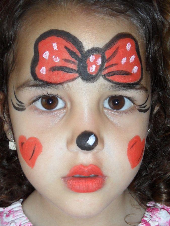 """Maquillaje Infantil De Mimi. """"Consejos para maquillarte como Minnie Mouse""""     El maquillaje infantil es especial para el disfraz de Minnie Mouse lo puedes realizar de una forma que no sea tan complicada para ti, con lunares y moños con orejas de ratón de color negro, para poderlo lograr deber tener las herramientas de maquillaje para que el resultado sea el que buscas, por esa razón quiero darte algunos consejos que te....  Maquillaje Infantil De Mimi. Para ver el artículo completo ingresa…"""