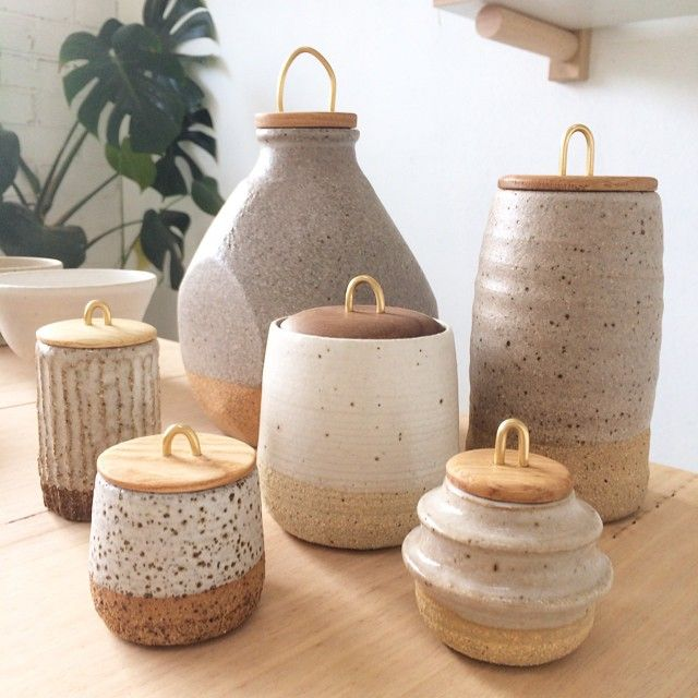 Storage Jars Farmhouse Kitchens Copper Wire Ceramic Canisters Ceramic Jars With Lids Speckled Pottery Ceramic Pottery Ceramic And Wood