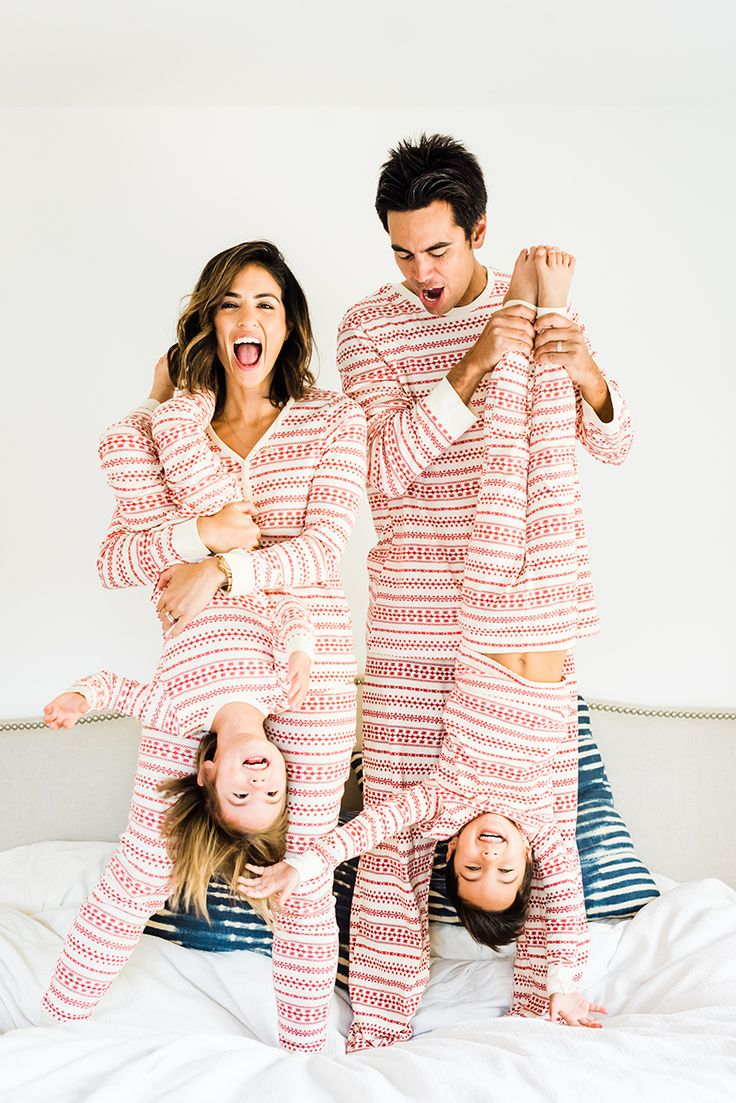 LC Lauren Conrad Matching Family Pajamas {photos
