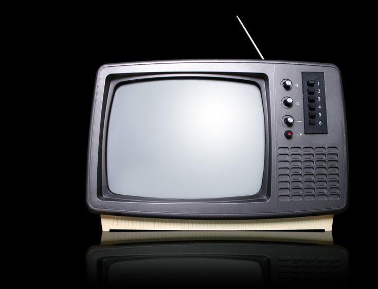 reciclar tv de tubo impede maior contaminaa a o do solo e lena a is freaticos e impede que a saaode dos catadores de lixo seja comprometida