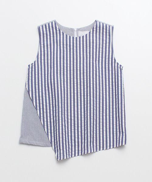 Soccer Stripe No-Sleeve Blouse by chambre de charme iki