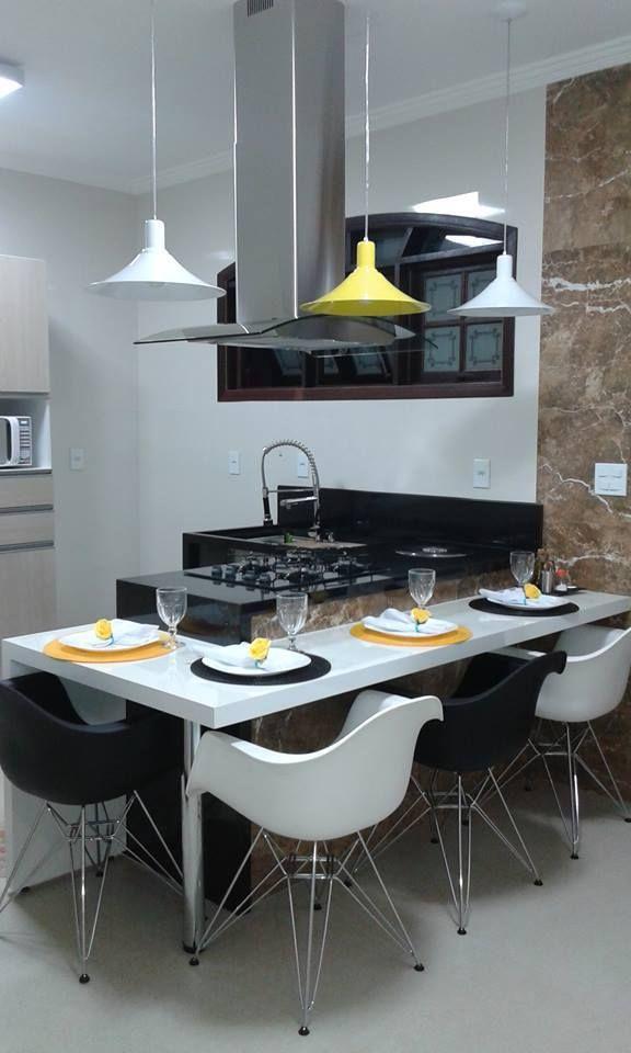 Gente, vim correndo mostrar para vocês a cozinha linda da querida leitora Valéria Monteiro do RJ! Ela compartilhou comigo como ficou sua c...