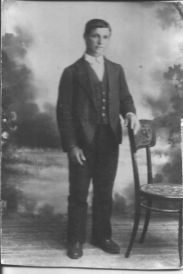 Gaetano Terranova Sr., mio nonno, poco prima di partire per la grande guerra. 1915