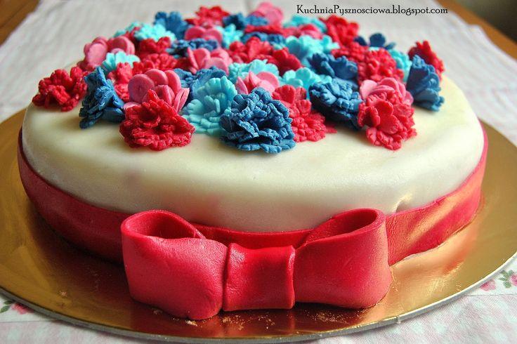 Kuchnia Pysznościowa: Tort kwiatowy