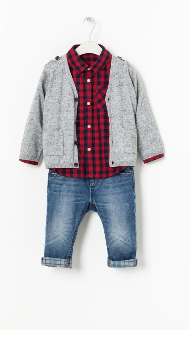 The new collection of comfortable shoes and boots for baby boys. Bold prints, appliques and button details are key this season. For special occasions choose lace up dress shoes or loafers, while trainers come in fun and original designs to choose from.