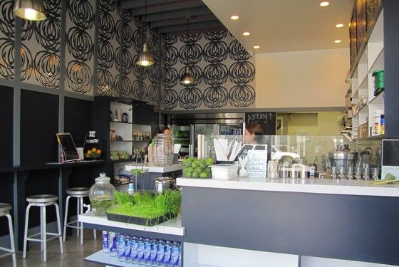 Main Squeeze, a new cold-pressed juice shop, is now open to Main Street Santa Monica in a small, modern cafe space built around a central juice bar