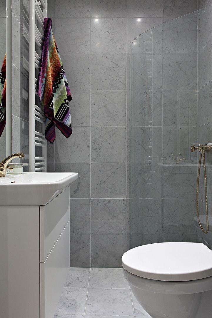 Flång nytt med marmor från golv till tak