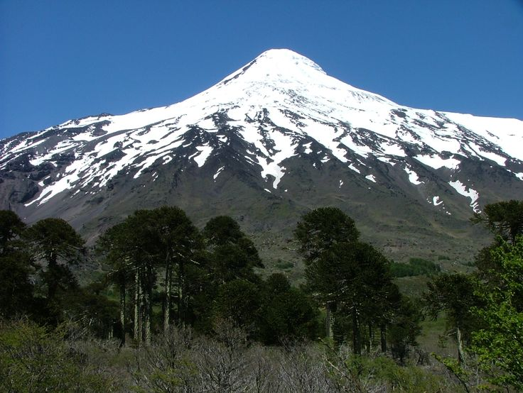 Volcan Lanin, Chile - Argentina border.
