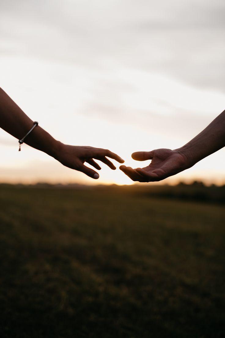 Руки картинки пара