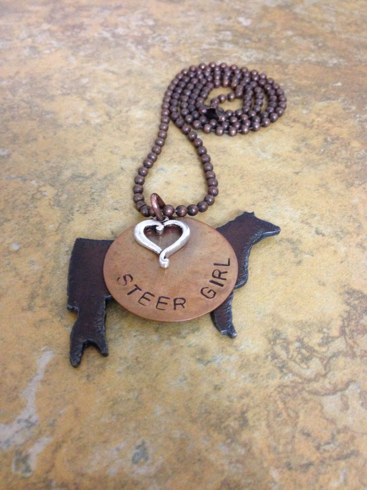 Show steer necklace, I would want this as a heifer though
