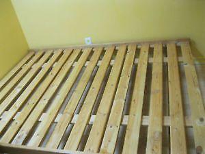 Base de lit en pin, double (54pces) | lits, matelas | Sherbrooke | Kijiji