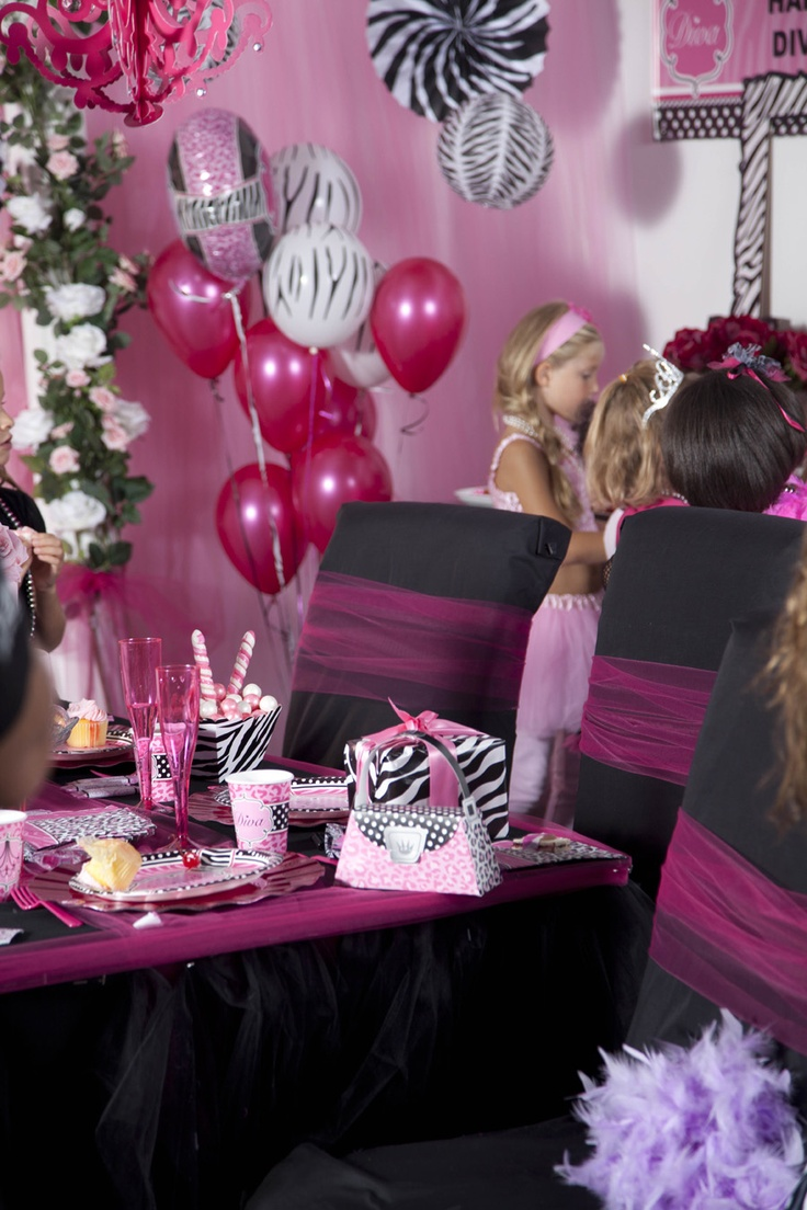 Cute diva zebra print party supplies party girls for Animal print party decoration ideas