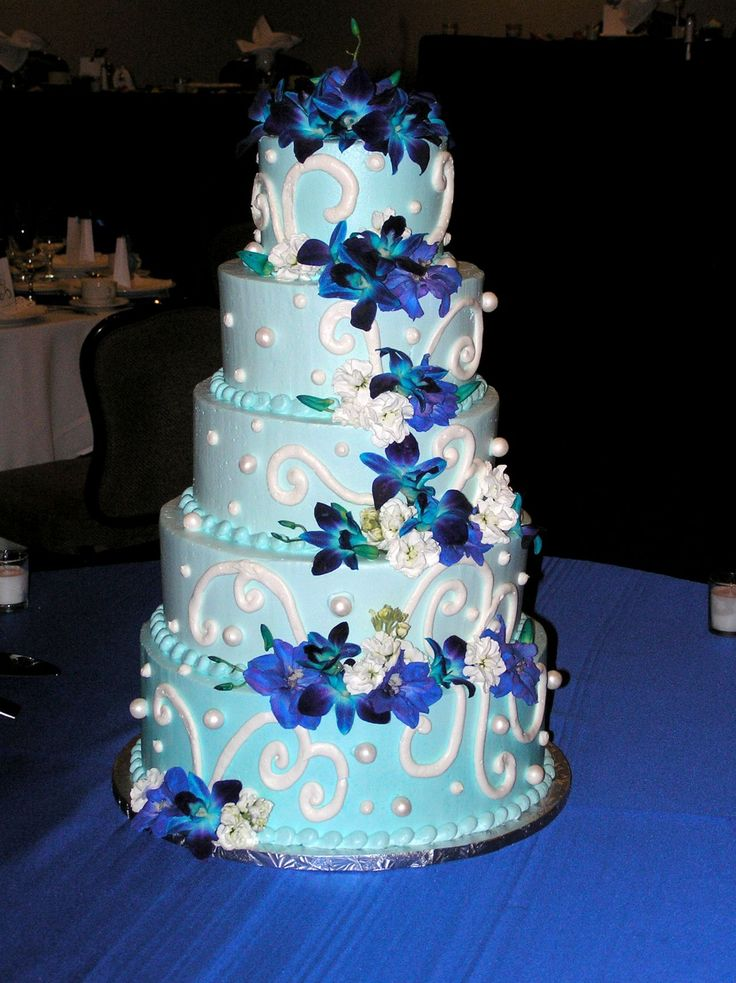 royal blue wedding cakes designs 1000 images about wedding reception on 19376