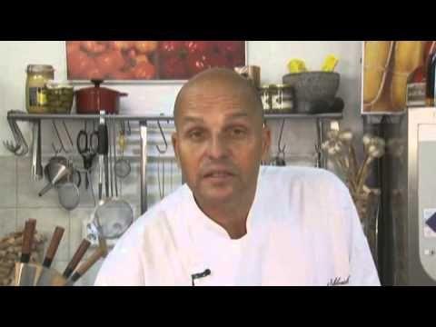 Zdenek Pohlreich Vajecna omeleta - YouTube