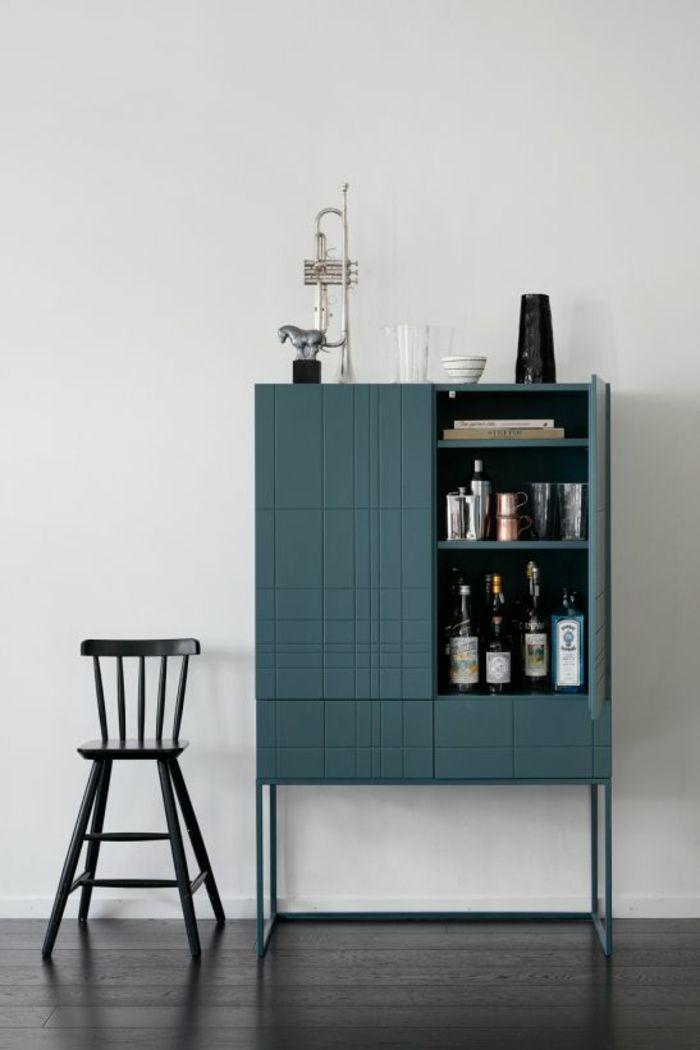 1001 Idees Pour Amenager Ses Espaces En Couleur Bleu Gris Les Solutions A Grand Effet Meuble Rangement Mobilier Design Meuble Bar