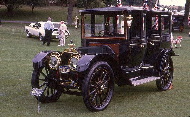 1911 Oldsmobile Limited Limousine w/ 707 ci 6 cylinder engine