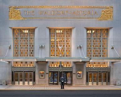 Waldorf Astoria® New York Hotel, NY - Park Avenue Facade | NY 10022