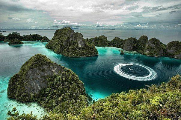 Острова Раджа Ампат, Индонезия.