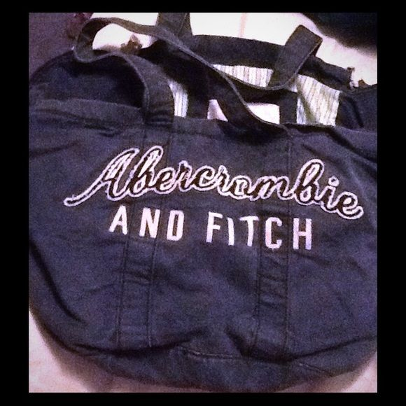 Large Abercrombie and Fitch Tote Spacious tote with secure zipped side pockets in dusty blue color. Abercrombie & Fitch Bags Totes