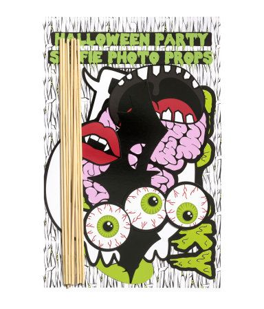 Silly paper masks in various sizes and designs. Attach to holder sticks with sticker. Sticks and stickers included. Halloween, dress-up.   H&M Gifts
