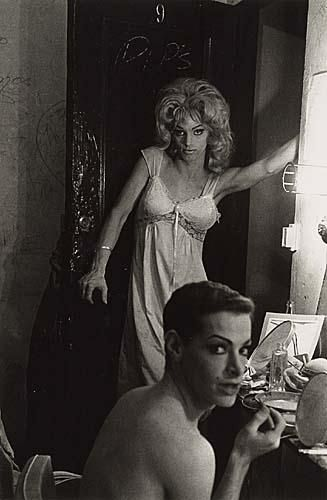 Diane Arbus, Female Impersonators Backstage, 1962