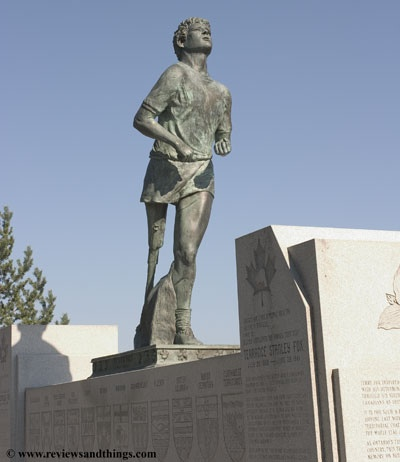 Terry Fox statue, Thunder Bay Ontario June 2004