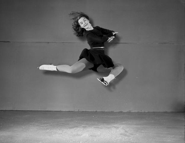 Barbara Ann Scott, Canada's Sweetheart, dead at 84 #skating #Olympics