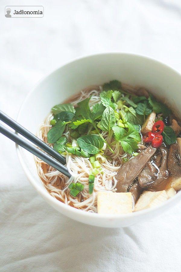 Wegetariańska zupa Pho » Jadłonomia · wegańskie przepisy nie tylko dla wegan