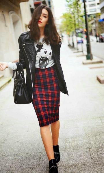 Look: Saia Lápis & T-shirt