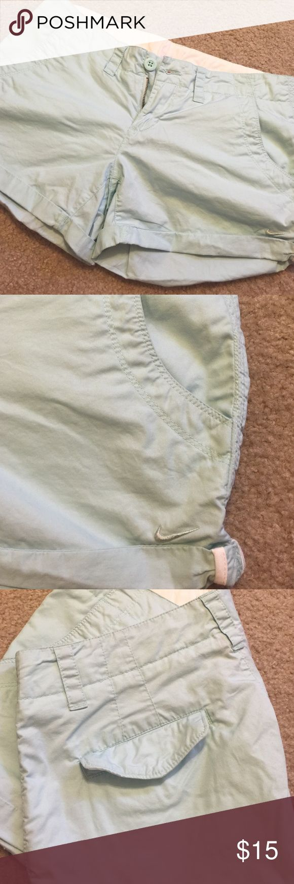 Women's Nike Mint Shorts Women's Nike Mint Shorts. Size 8 but fit closer to a 6 in my opinion. Awesome shorts. No issues. Nike Shorts