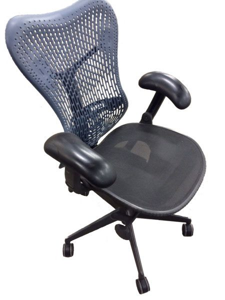 500 Herman Miller Mirra Chairs Available